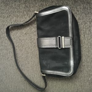 Guess early 2000s Mini bag.